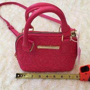 Betsey Johnson Bags - Betsey Johnson top handle crossbody coral handbag